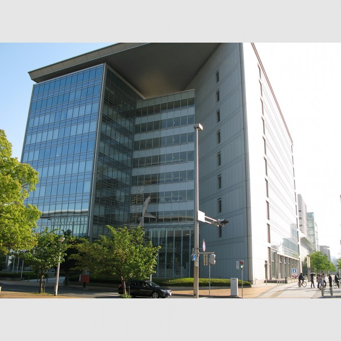 IHD_center_building01