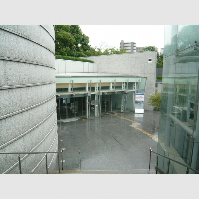 hiroshima_national_peace_memorial_hall_for_the_atomic_bomb_victims05