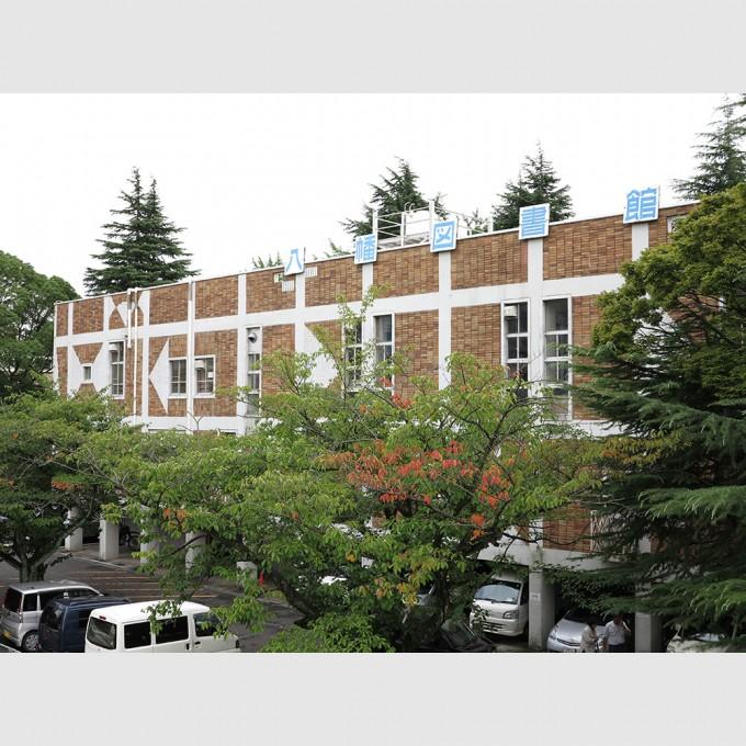 kitakyushu_city_yahata_library01
