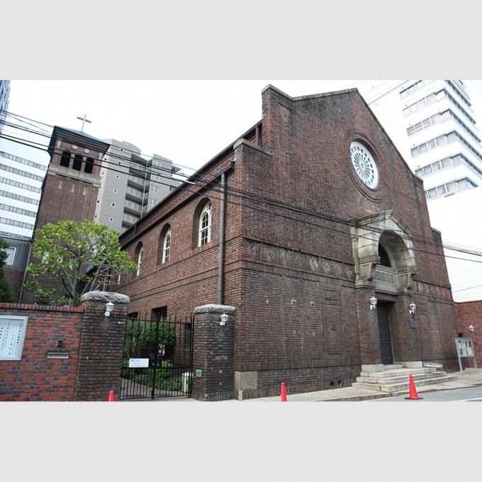 united_church_of_christ_in_japan_osaka_church01