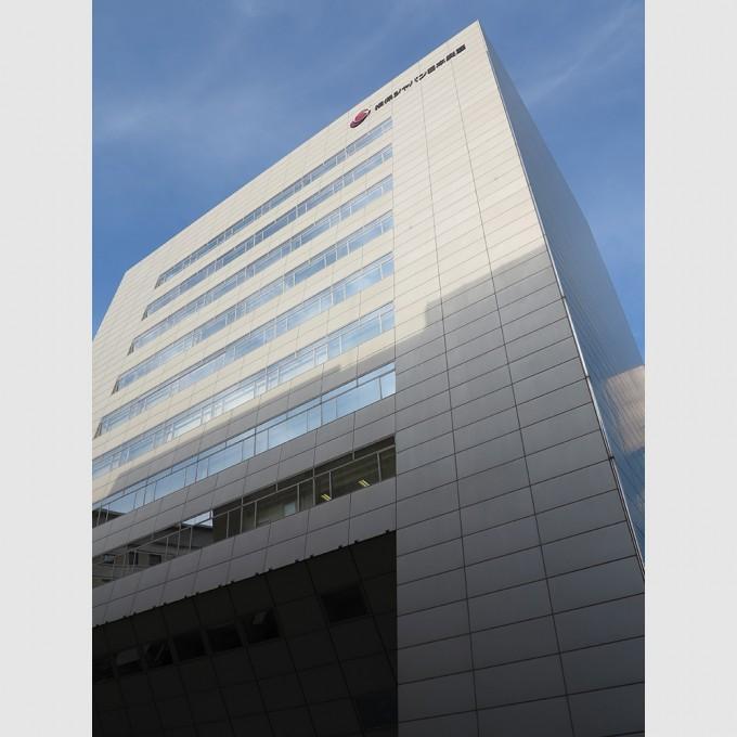 sompo_japan_nipponkoa_fukuoka_building01