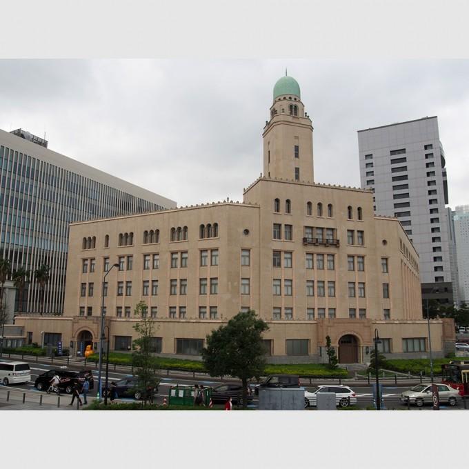 横浜税関 | 日本建築めぐり | 建築パース.com